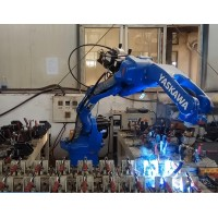 安川六轴焊接机器人