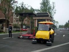 邵阳物业驾驶式扫地车清扫能省多少人工钱?