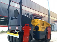 安徽合肥前钢轮后胶轮静压路机 3吨半振动压实机